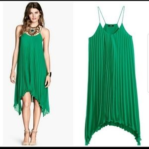 GREEN PLEATED H&M dress